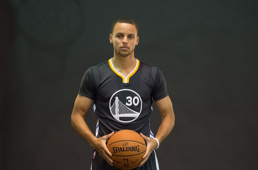 "Nike Calls Steph Curry ""Steph-on"" In Shoe Meeting, Curry ..."