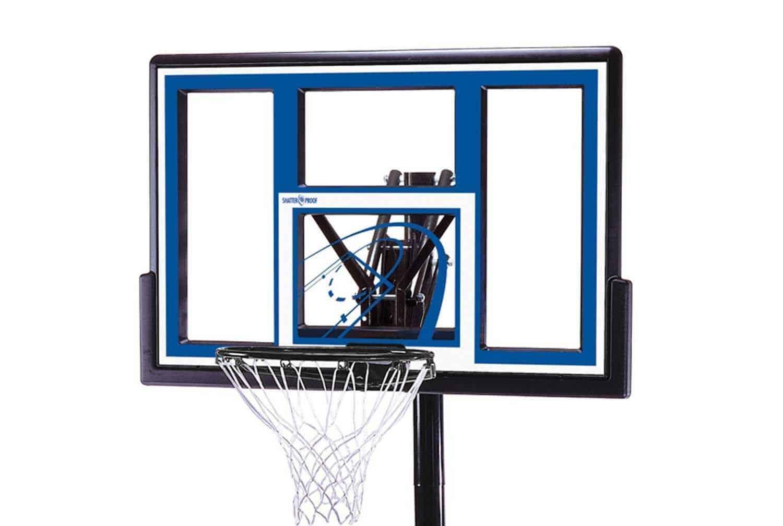 Lifetime 1531 Basketball Hoop