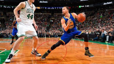 Steph Curry In Step Back Jumper Mode