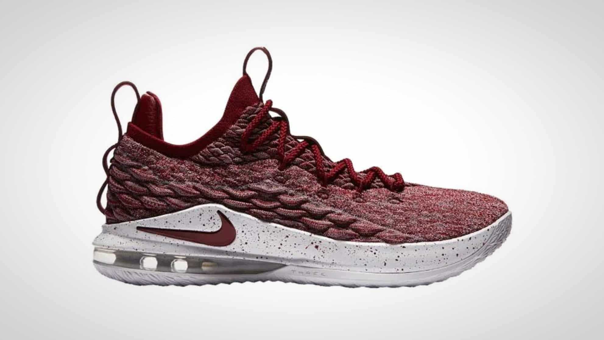 04893d72480 Nike Lebron 15 Low Shoe Review - BestOutdoorBasketball